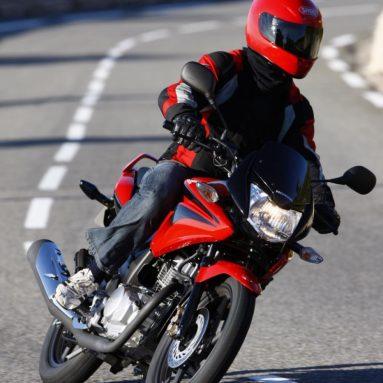 Probamos la Honda CBF 125: la misma calidad de siempre a un precio revolucionario
