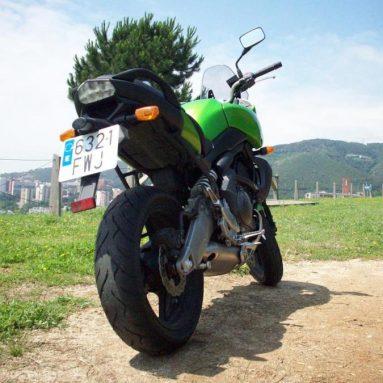 Probamos la Kawasaki Versys 2008