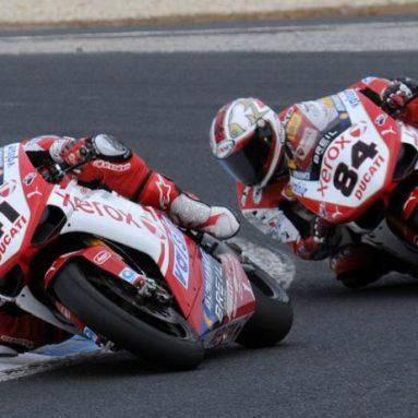¿Quieres probar la Ducati 1198 Factory 2009  del equipo oficial Ducati Xerox?