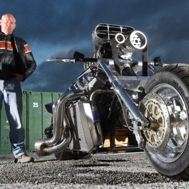 Rapom V8, la moto más potente de Gran Bretaña