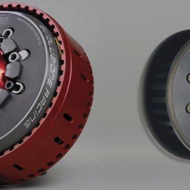 Tacto y potencia con el nuevo STM Evoluzione para la Yamaha YZF-R1