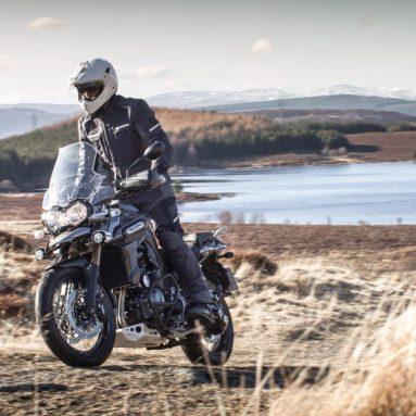 Triumph pone a prueba su Explorer 1200 XC