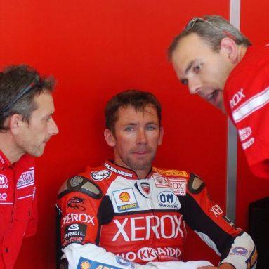 Troy Bayliss: «Ahora, mi Ducati 999 es casi perfecta»
