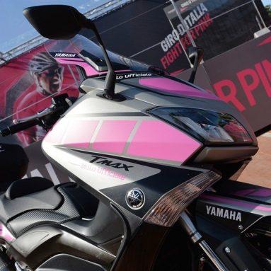 Yamaha T Max vehículo oficial del 98º Giro d'Italia